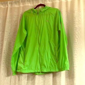 Saucony Lightweight Running Jacket NWOT